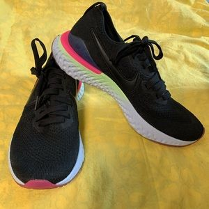 Nike Epic React black sapphire running shoes